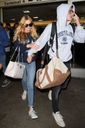 Bella Thorne Airport Style - at LAX, August 2015