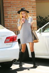 Bella Thorne Out in Los Angeles, August 2015