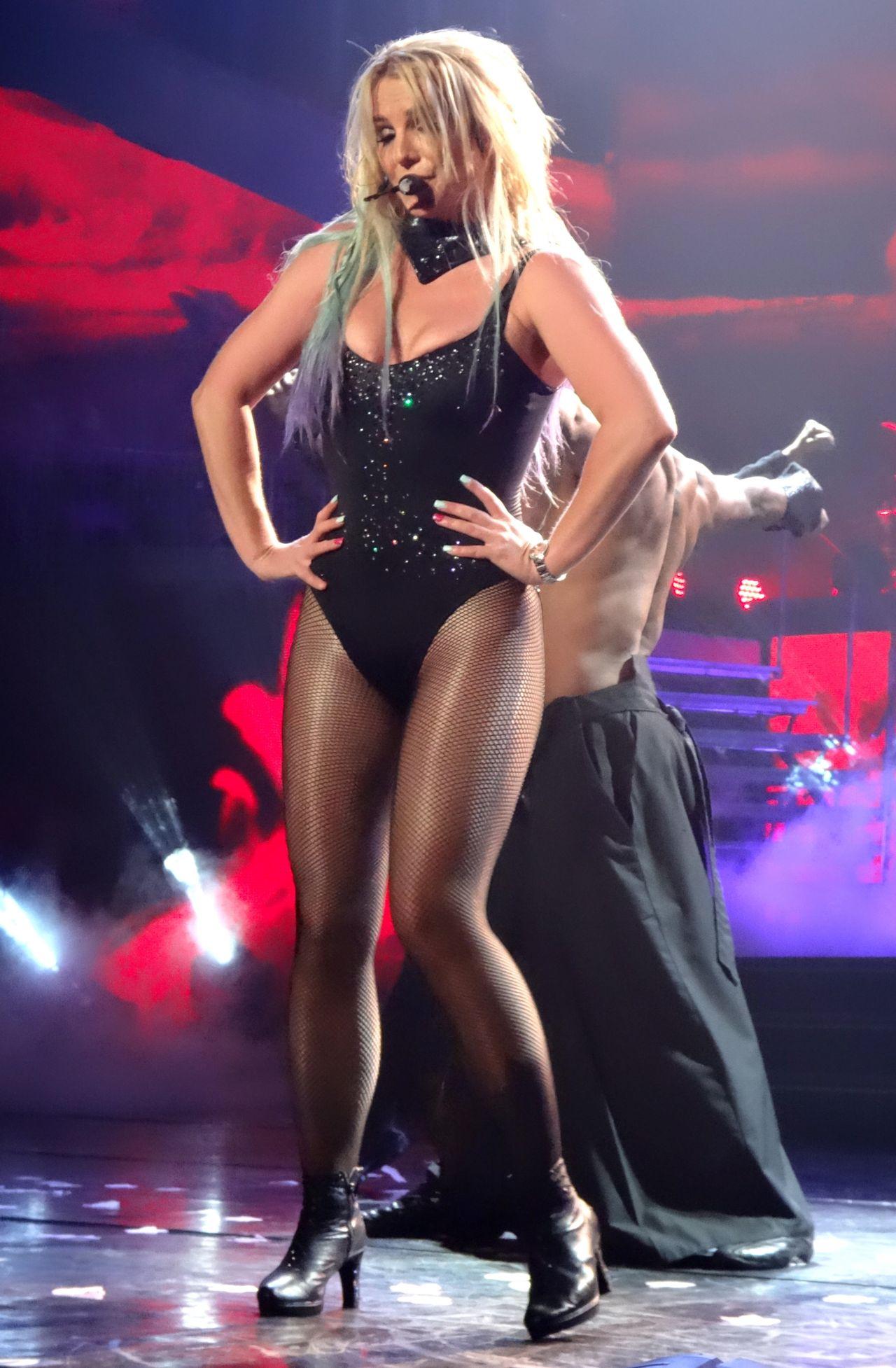 Britney spears 2016 billboard music awards performance - 2 part 10