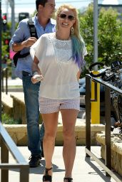 Britney Spears Shopping in Malibu, August 2015