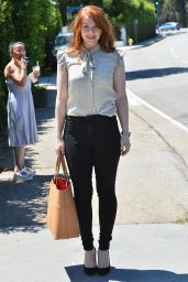 Bryce Dallas Howard Out in Brentwood, August 2015