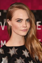 Cara Delevingne – 2015 MTV Video Music Awards at Microsoft Theater in Los Angeles