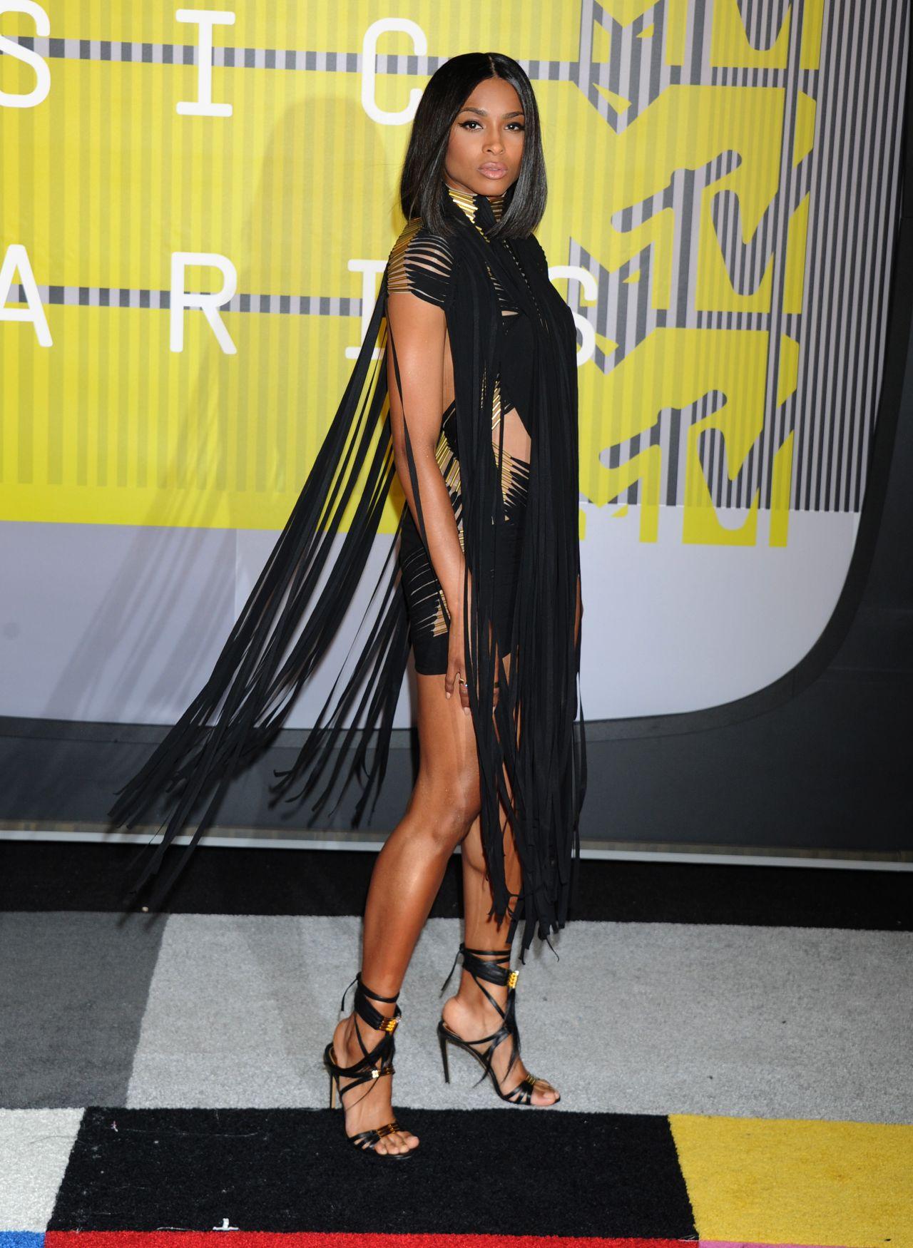Ciara 2015 Mtv Video Music Awards At Microsoft Theater