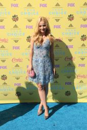Dove Cameron - 2015 Teen Choice Awards in Los Angeles