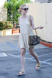Elle Fanning Having a Lunch at Cafe Med in Beverly Hills, August 2015