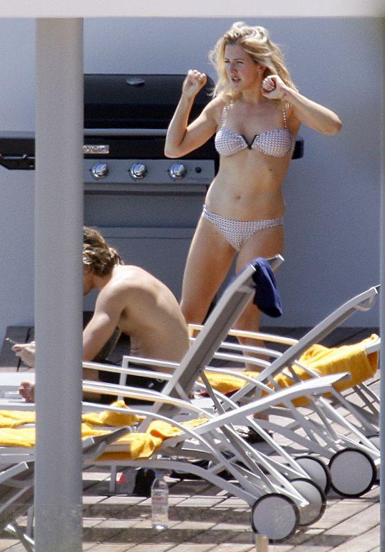 Ellie Goulding Bikini Candids - Ibiza, August 2015