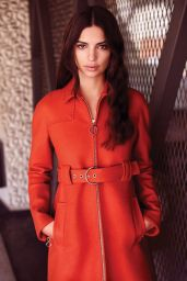 Emily Ratajkowski Photos - The Editorialist Pre-Fall 2015