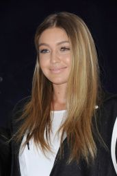 Gigi Hadid - Greets Fans At Westfield Miranda, August 2015