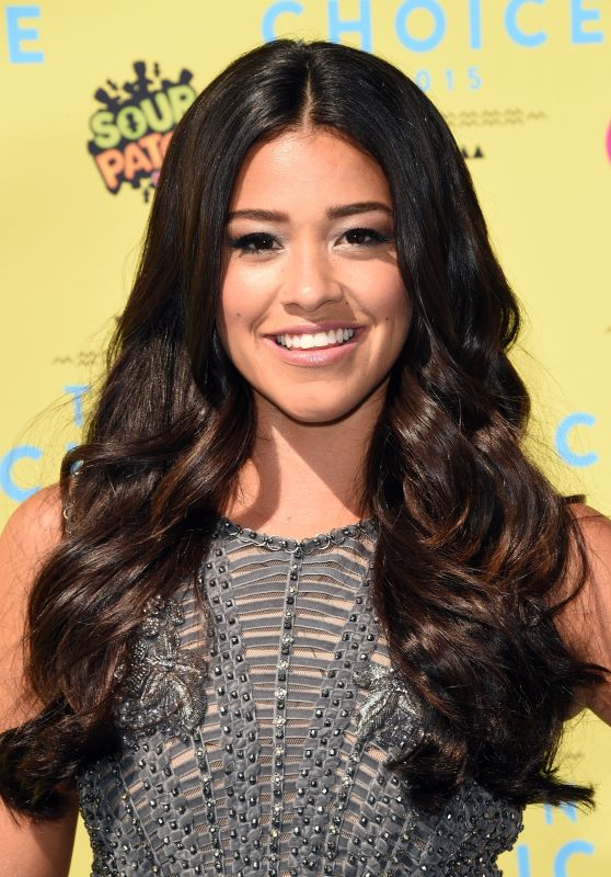 Gina Rodriguez - 2015 Teen Choice Awards in Los Angeles