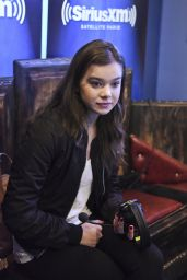 Hailee Steinfeld - SiriusXM The Morning Mash Up in Los Angeles, August 2015