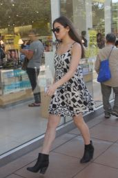 Hailee Steinfeld With a Friend Shopping in Hollywood - August 2015