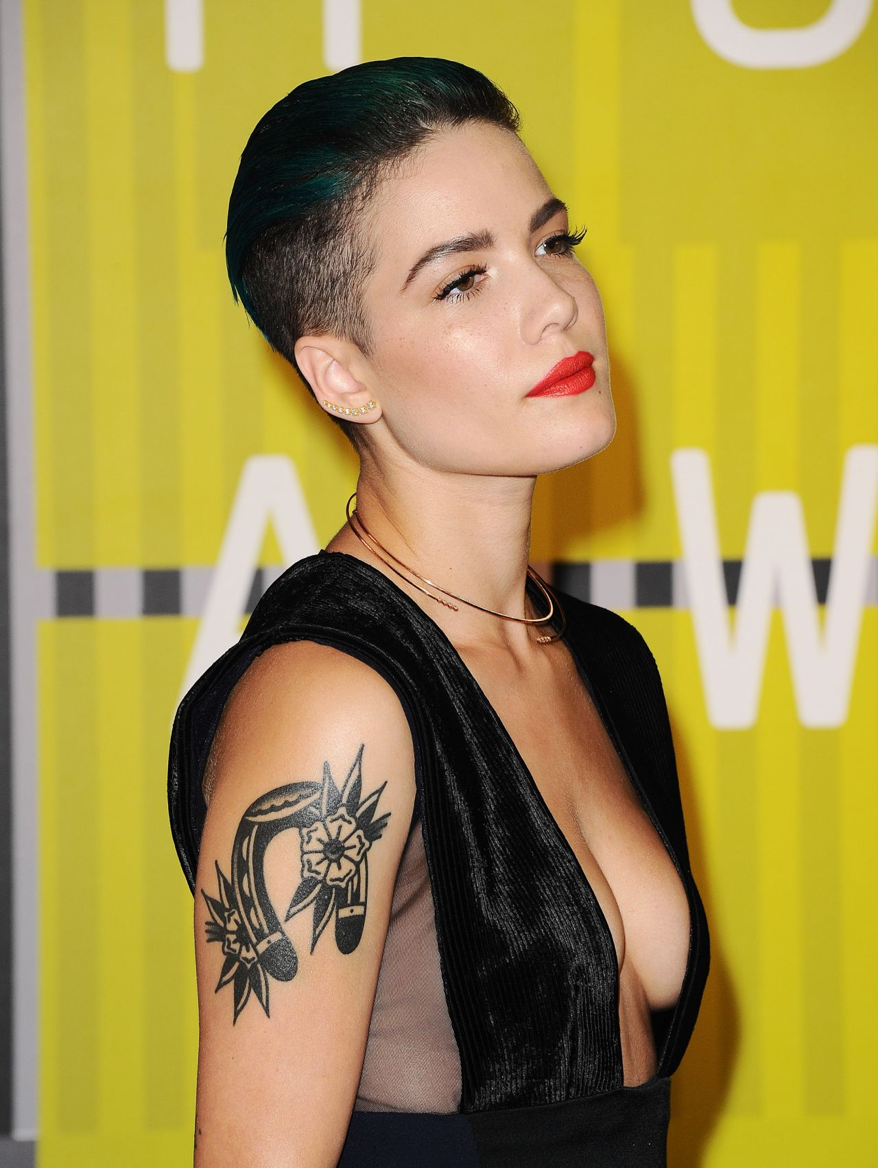 Halsey 2015 Mtv Video Music Awards At Microsoft Theater