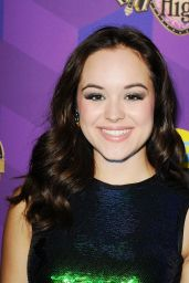 Hayley Orrantia - Just Jared