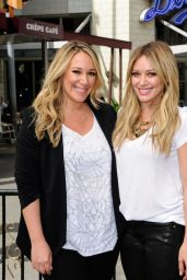 Hilary and Haylie Duff at