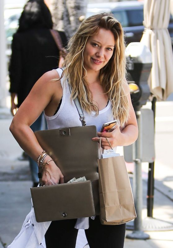 Hilary Duff Casual Style – Shopping in Beverly Hills – July 2015
