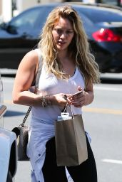 Hilary Duff Casual Style - Shopping in Beverly Hills - July 2015