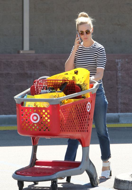 January Jones - Leaving a Target in Sherman Oaks, August 2015
