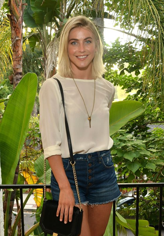 Julianne Hough – KEEP Collective Accessories Social To Benefit The Kind Campaign in Los Angeles