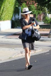 Kaley Cuoco Street Style - Out in Los Angeles, August 2015