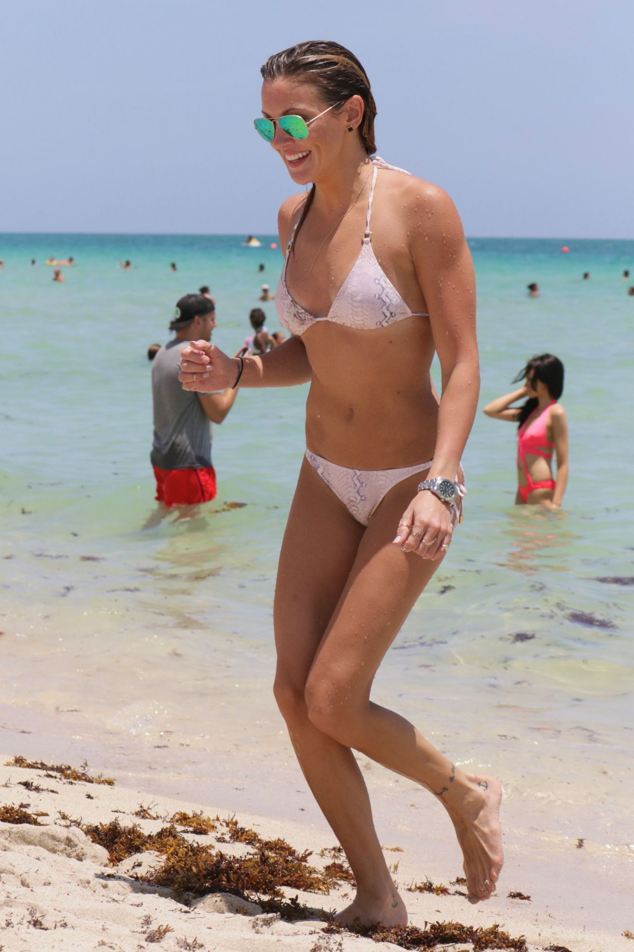 Katie Cassidy In White Bikini On The Beach In Miami