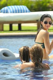 Kendall Jenner Wearing a Bikini in Punta Mita, Mexico, August 2015