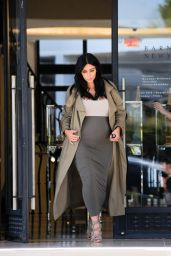 Kim Kardashian Style - Shops at Barneys in Los Angeles, August 2015