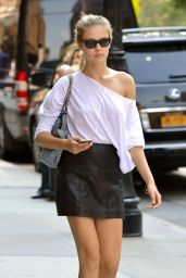 Lada Kravchenko Style - Out in New York City, August 2015
