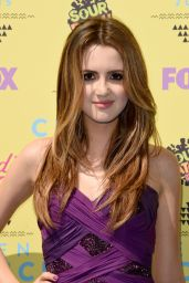 Laura Marano - 2015 Teen Choice Awards in Los Angeles