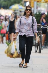 Marisa Tomei Shopping in New York CIty, August 2015