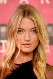 Martha Hunt – 2015 MTV Video Music Awards at Microsoft Theater in Los Angeles