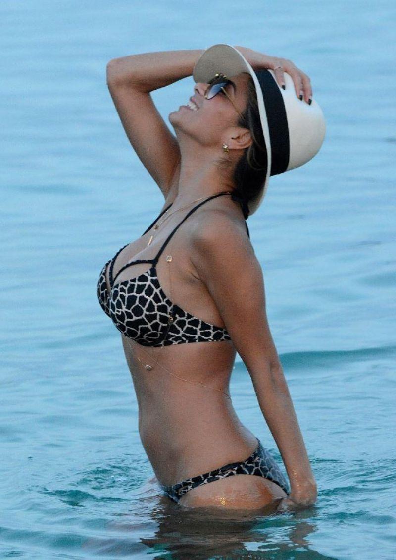 Nicole Scherzinger Hot In Bikini Mykonos 2015