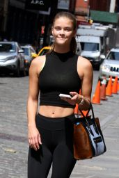 Nina Agdal Hot in Tights - Headed to the Gym in New York City, August 2015