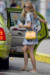 Olivia Palermo Summer Style - Walking Her Dog Then Getting in a Cab in Brooklyn