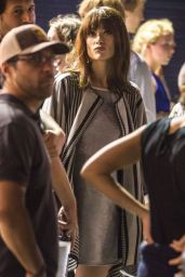 Olivia Wilde On the Set of