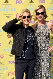Portia de Rossi - 2015 Teen Choice Awards in Los Angeles
