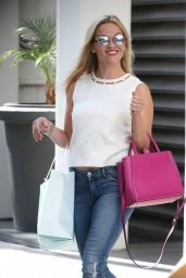 Reese Witherspoon - Leaving Her Office in Beverly Hills, August 2015