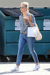 Reese Witherspoon Street Style - Out in Santa Monica, July 2015