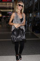 Rosie Huntington-Whiteley Casual Style - at LAX, August 2015