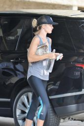 Rosie Huntington-Whiteley Leaving a Gym in Los Angeles, August 2015