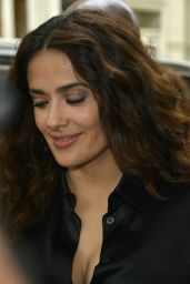 Salma Hayek Booty in Jeans - at the Apple Store in NY, August 2015