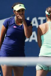 Sania Mirza & Martina Hingis - 2015 Rogers Cup in Toronto -  Day 4