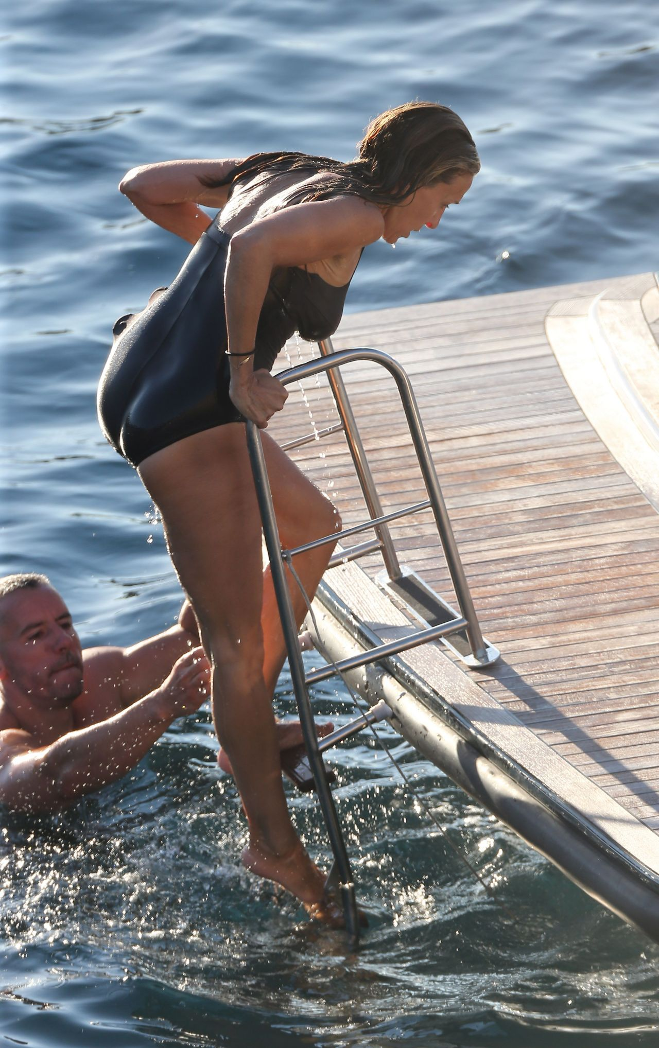 sarah jessica parker in a swimsuit in i a august 2015