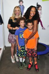 Sarah Michelle Gellar - Crazy 8 Back to School Must Haves Showcase in Los Angeles