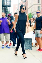 Selena Gomez Casual Style - Out and About in New York City, August 2015
