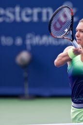 Simona Halep -  Western and Southern Open in Ohio - Day 4
