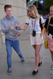 Suki Waterhouse Arriving at the Taylor Swift Concert in Los Angeles, August 2015