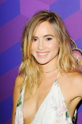 Suki Waterhouse – Just Jared's Way To Wonderland in West Hollywood, August 2015