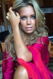 Sylvie Meis Blue Kajal-the new Summertrend 2015