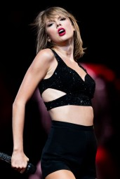 taylor-swift-1989-world-tour-concert-in-los-angeles-august-2015_1