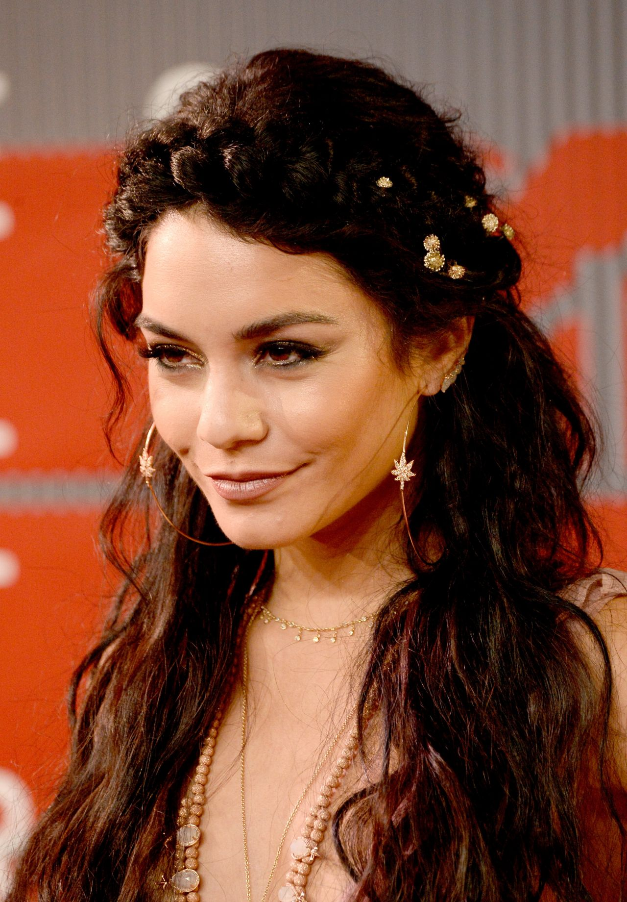 Vanessa Hudgens – 2015 MTV Video Music Awards at Microsoft ... Vanessa Hudgens